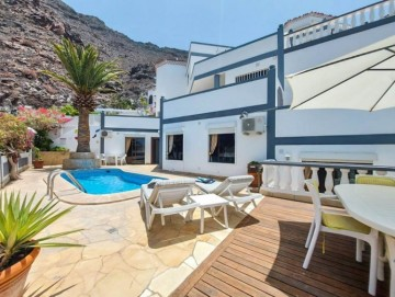 3 Bed  Villa/House for Sale, Los Gigantes, Tenerife - YL-PW183