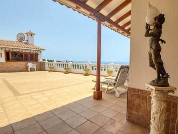 3 Bed  Villa/House for Sale, Puerto Santiago, Tenerife - YL-PW186