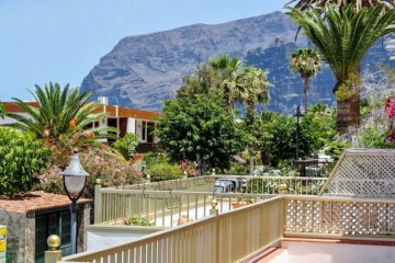3 Bed  Flat / Apartment for Sale, Los Gigantes, Tenerife - YL-PW190