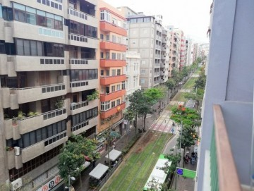 3 Bed  Flat / Apartment to Rent, Santa Cruz de Tenerife, Tenerife - PR-PIS0155ASS