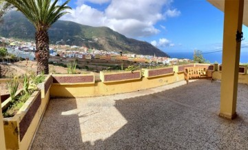 3 Bed  Villa/House for Sale, Los Realejos, Tenerife - IC-VCH11006