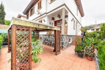 4 Bed  Villa/House for Sale, Arucas, LAS PALMAS, Gran Canaria - BH-10377-VS-2912