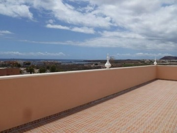 2 Bed  Flat / Apartment for Sale, Costa del Silencio, Tenerife - NP-03253