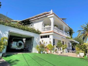 4 Bed  Villa/House for Sale, Los Realejos, Tenerife - IC-VCH11011
