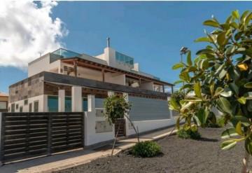 3 Bed  Villa/House for Sale, Corralejo, Las Palmas, Fuerteventura - DH-VPTCHCO238-1021