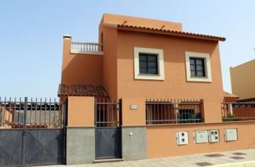 3 Bed  Villa/House for Sale, Corralejo, Las Palmas, Fuerteventura - DH-VPMALCO33-1021