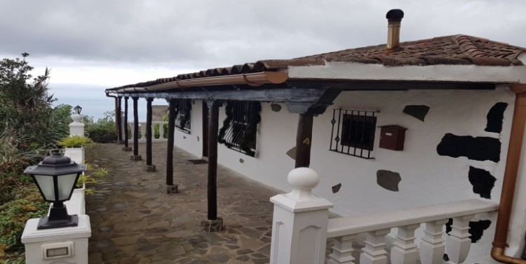 2 Bed  Villa/House for Sale, El Tanque, Tenerife - SA-5141 1