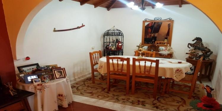 2 Bed  Villa/House for Sale, El Tanque, Tenerife - SA-5141 3