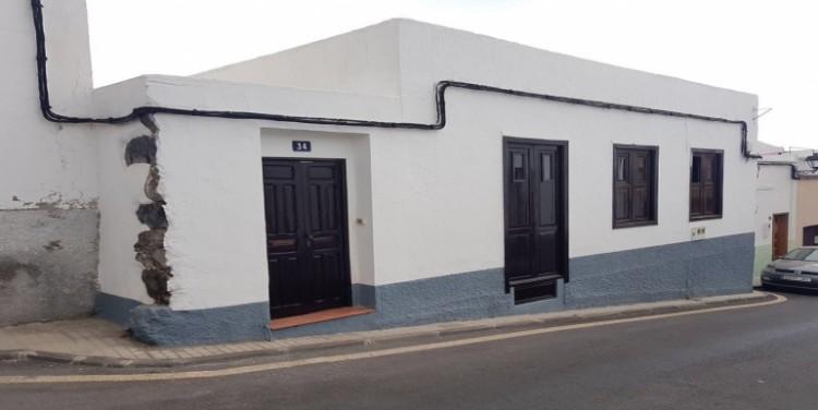 5 Bed  Villa/House for Sale, Guía de Isora, Tenerife - SA-8033 2