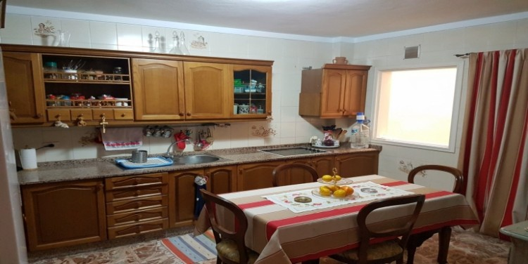 3 Bed  Flat / Apartment for Sale, Playa San Juan, Tenerife - SA-2855 7