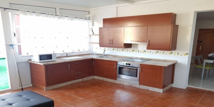 2 Bed  Flat / Apartment for Sale, Playa San Juan, Tenerife - SA-1571 4