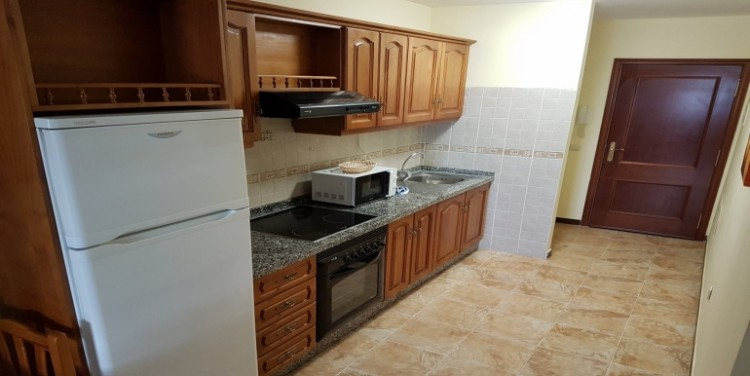 2 Bed  Flat / Apartment for Sale, Playa San Juan, Tenerife - SA-0041 5