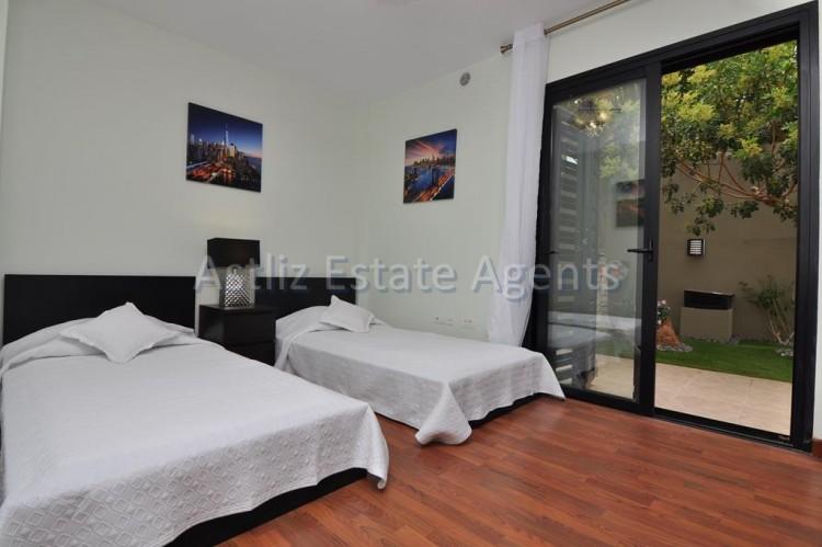 3 Bed  Villa/House for Sale, San Eugenio Alto, Adeje, Tenerife - AZ-1206 13