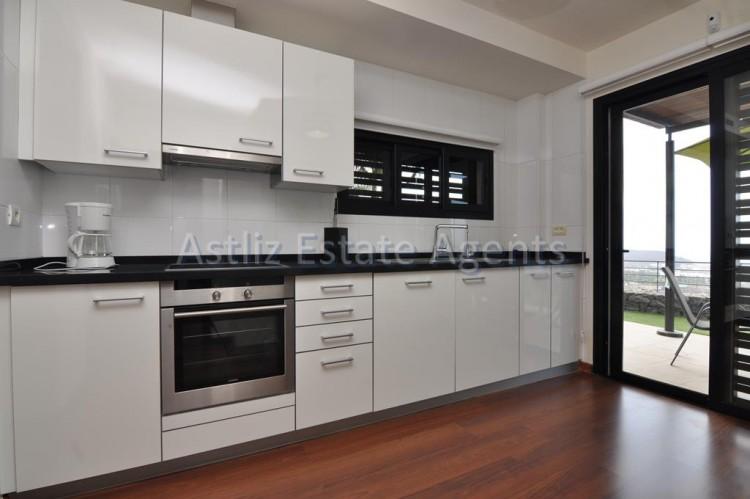 3 Bed  Villa/House for Sale, San Eugenio Alto, Adeje, Tenerife - AZ-1206 7