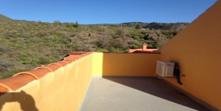 4 Bed  Villa/House for Sale, Las Manchas, Tenerife - SA-5103 1