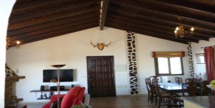 3 Bed  Villa/House for Sale, Vera de Erques, Tenerife - SA-5092 3
