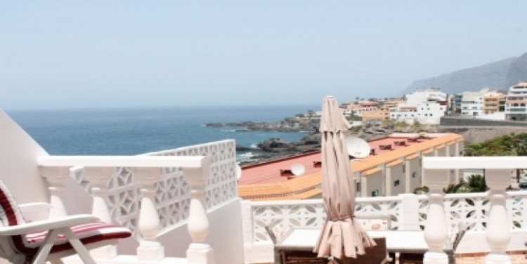 4 Bed  Villa/House for Sale, Playa de La Arena, Tenerife - SA-7567 1