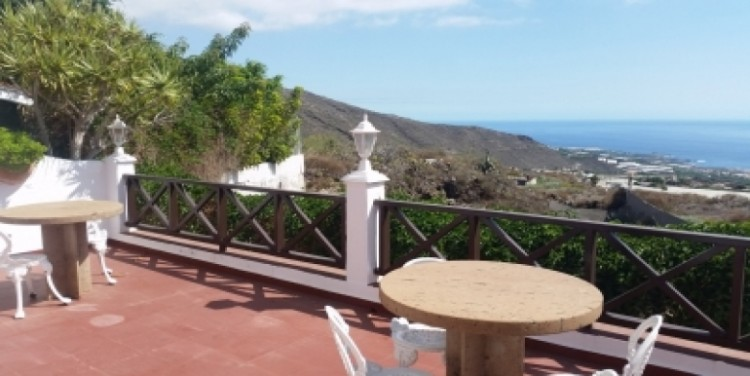 3 Bed  Villa/House for Sale, Puerto Santiago, Tenerife - SA-8027 1