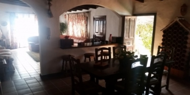 3 Bed  Villa/House for Sale, Puerto Santiago, Tenerife - SA-8027 10