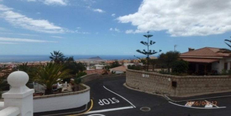 3 Bed  Flat / Apartment for Sale, San Isidro, Tenerife - SA-8029 10