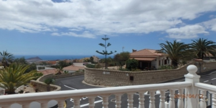 3 Bed  Flat / Apartment for Sale, San Isidro, Tenerife - SA-8029 13