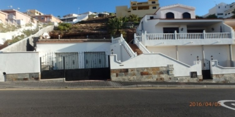 3 Bed  Flat / Apartment for Sale, San Isidro, Tenerife - SA-8029 2