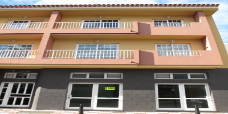 1 Bed  Commercial for Sale, Puerto Santiago, Tenerife - SA-4038 3