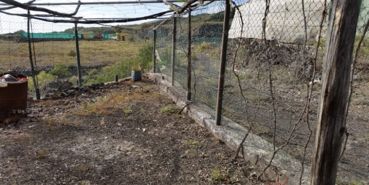 3 Bed  Land for Sale, Guía de Isora, Tenerife - SA-12041 2