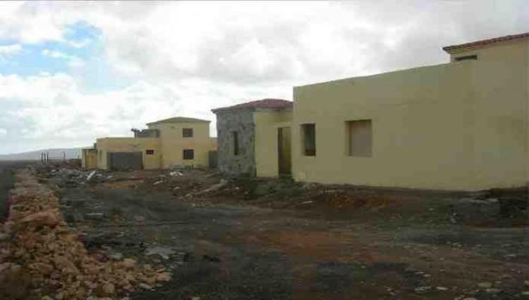 3 Bed  Land for Sale, Antigua, Las Palmas, Fuerteventura - DH-VSLPANPOC293-28 2