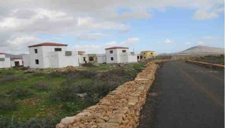 3 Bed  Land for Sale, Antigua, Las Palmas, Fuerteventura - DH-VSLPANPOC293-28 4
