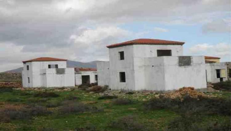 3 Bed  Land for Sale, Antigua, Las Palmas, Fuerteventura - DH-VSLPANPOC293-28 5