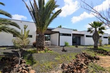 6 Bed  Villa/House for Sale, Lajares, Las Palmas, Fuerteventura - DH-VPTCL5CCN24-117