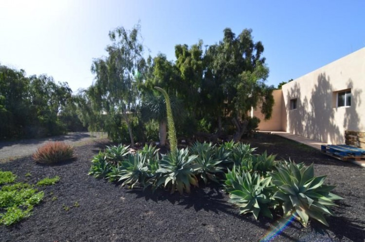 6 Bed  Country House/Finca for Sale, Tuineje, Las Palmas, Fuerteventura - DH-VPTFRTU-48 1