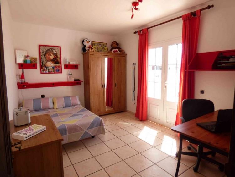 4 Bed  Villa/House for Sale, Teguise, Las Palmas, Lanzarote - DH-VPTVLTG4CA84-87 13