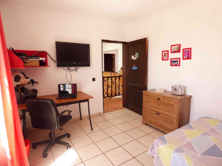4 Bed  Villa/House for Sale, Teguise, Las Palmas, Lanzarote - DH-VPTVLTG4CA84-87 14