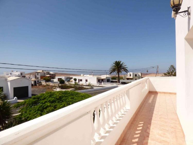 4 Bed  Villa/House for Sale, Teguise, Las Palmas, Lanzarote - DH-VPTVLTG4CA84-87 2