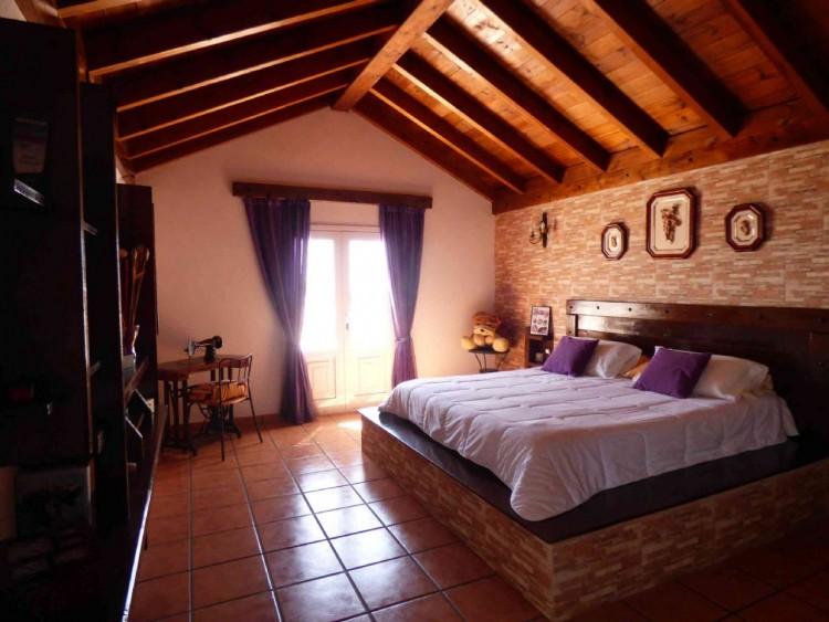 4 Bed  Villa/House for Sale, Teguise, Las Palmas, Lanzarote - DH-VPTVLTG4CA84-87 20