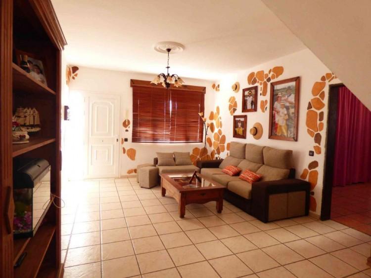 4 Bed  Villa/House for Sale, Teguise, Las Palmas, Lanzarote - DH-VPTVLTG4CA84-87 5
