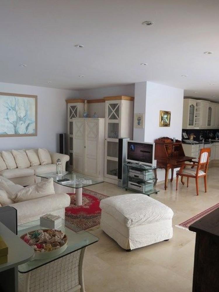 3 Bed  Villa/House for Sale, Corralejo, Las Palmas, Fuerteventura - DH-VVIC3EC31-117 13