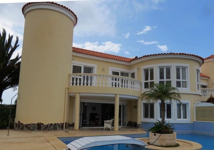 3 Bed  Villa/House for Sale, Corralejo, Las Palmas, Fuerteventura - DH-VVIC3EC31-117 6
