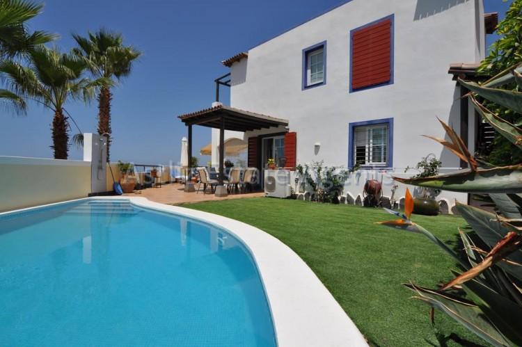 4 Bed  Villa/House for Sale, San Eugenio Alto, Adeje, Tenerife - AZ-1225 1