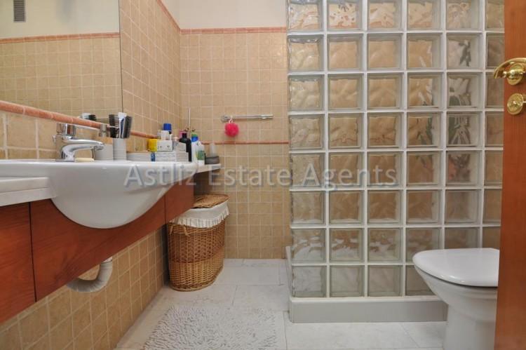 4 Bed  Villa/House for Sale, San Eugenio Alto, Adeje, Tenerife - AZ-1225 10