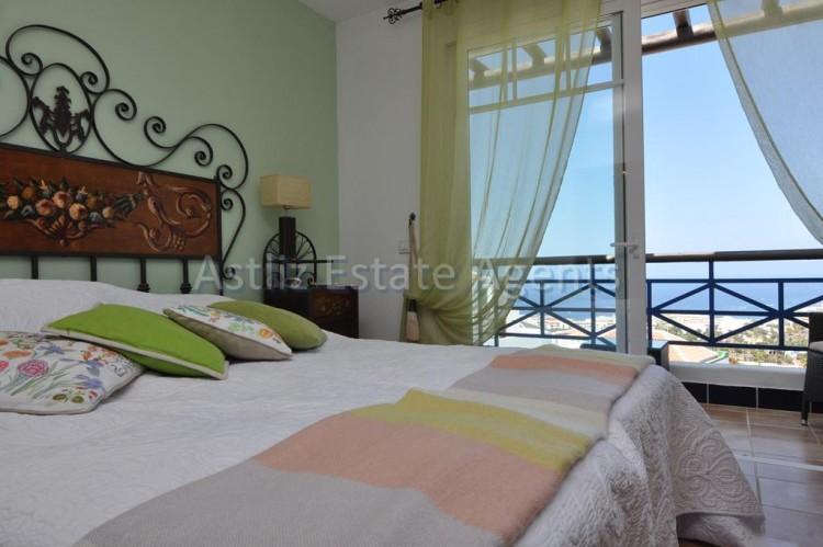 4 Bed  Villa/House for Sale, San Eugenio Alto, Adeje, Tenerife - AZ-1225 13