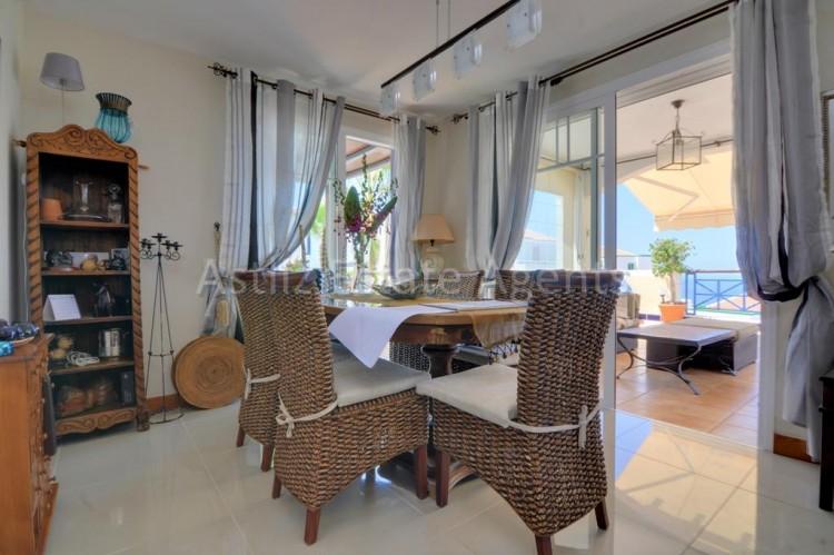4 Bed  Villa/House for Sale, San Eugenio Alto, Adeje, Tenerife - AZ-1225 18