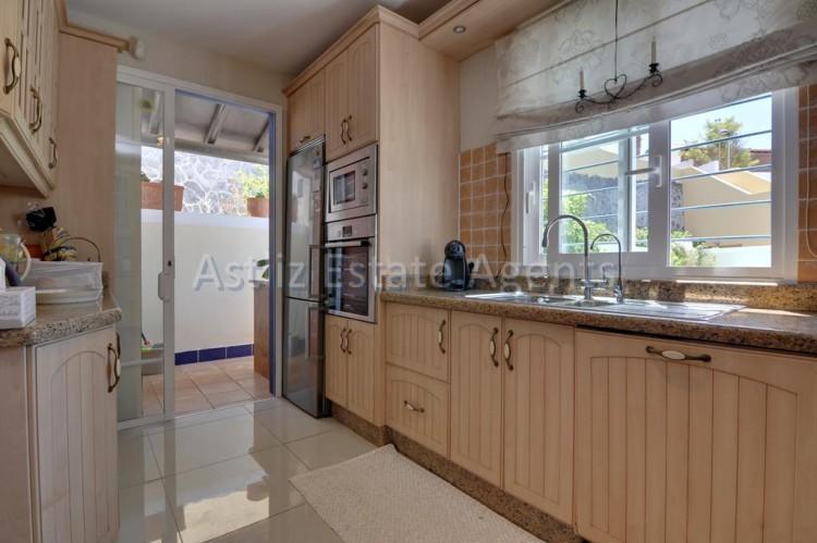 4 Bed  Villa/House for Sale, San Eugenio Alto, Adeje, Tenerife - AZ-1225 19