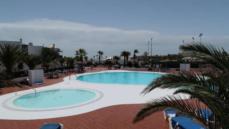 2 Bed  Villa/House for Sale, Costa Teguise, Teguise, Lanzarote - CU-198304 1