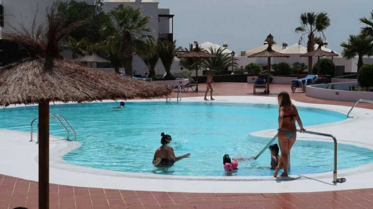 2 Bed  Villa/House for Sale, Costa Teguise, Teguise, Lanzarote - CU-198304 3