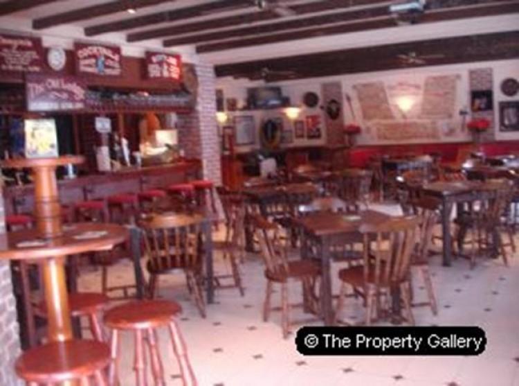Property for Sale, San Eugenio, Tenerife - PG-COM370 3