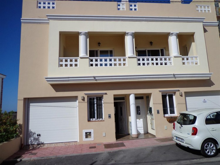 3 Bed  Villa/House for Sale, El Roque, Tenerife - PG-D1456 1