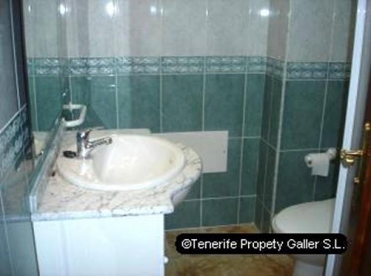 1 Bed  Flat / Apartment for Sale, Playa San Juan, Tenerife - PG-B1024 7